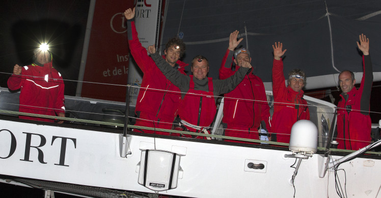 Maxi Trimaran IDEC SPORT, Skipper Francis Joyon and his crew, prior to their Jules Verne Trophy record attempt, crew circumnavigation, departure in Brest on December 16, 2016 - Photo Jean-Marie Liot / DPPI / IDEC Sport