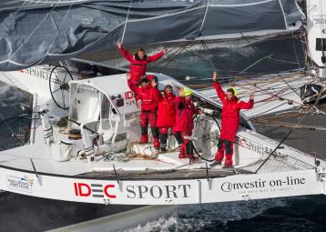 40 jours : IDEC Sport pulvérise le Jules Verne !