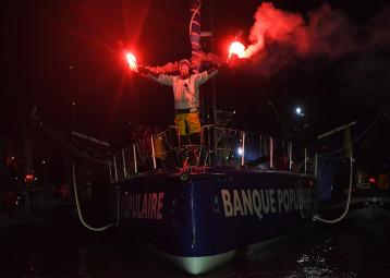 Armel Le Cléac'h remporte le Vendée Globe 2016